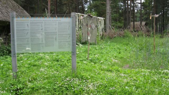 Large garden sign at Sassi Jaani Farm