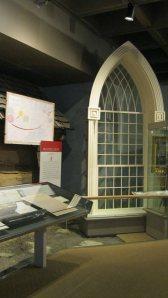 WindowKirtlandTemple-SLC-ChurchHistoryMuseumJune18-2014