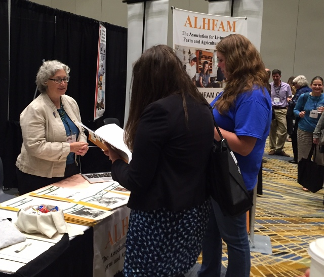 Susan McCabe tells folks about ALHFAM and the Bulletin.